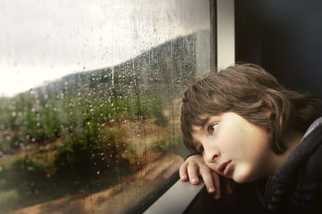 התמודדות עם עצב כהורים